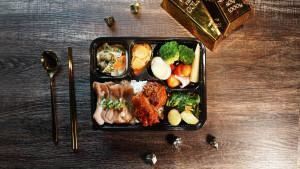 2021 天成飯店集團 星級美味便當 天成文旅華山町 主廚經典雙饗錦便當 蔥鹽松阪豬+韓式炸雞